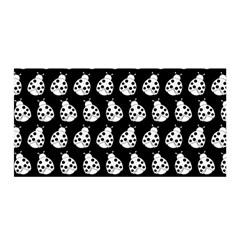 Ladybug Vector Geometric Tile Pattern Satin Wrap