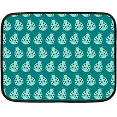 Ladybug Vector Geometric Tile Pattern Fleece Blanket (Mini)