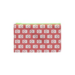 Modern Chic Vector Camera Illustration Pattern Cosmetic Bag (XS)