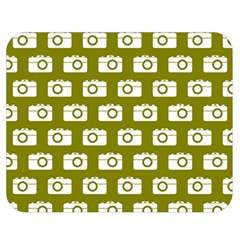 Modern Chic Vector Camera Illustration Pattern Double Sided Flano Blanket (Medium)