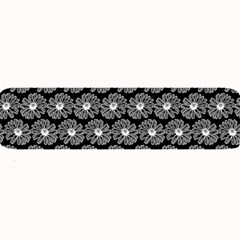 Black And White Gerbera Daisy Vector Tile Pattern Large Bar Mats