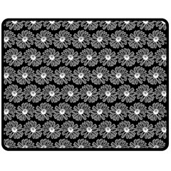 Black And White Gerbera Daisy Vector Tile Pattern Double Sided Fleece Blanket (Medium)
