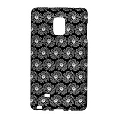 Black And White Gerbera Daisy Vector Tile Pattern Galaxy Note Edge