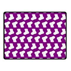 Cute Baby Socks Illustration Pattern Fleece Blanket (small)