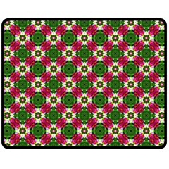 Cute Pattern Gifts Fleece Blanket (Medium)