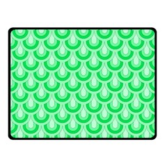 Awesome Retro Pattern Green Fleece Blanket (Small)