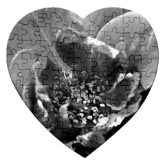 Black And White Rose Jigsaw Puzzle (heart)