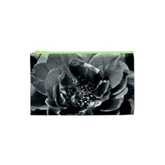 Black And White Rose Cosmetic Bag (xs)