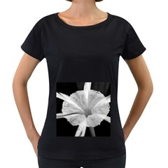 Exotic Black and White Flower 2 Women s Loose-Fit T-Shirt (Black)