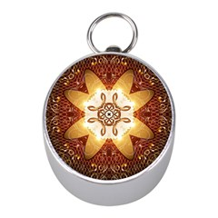 Elegant, Decorative Kaleidoskop In Gold And Red Mini Silver Compasses