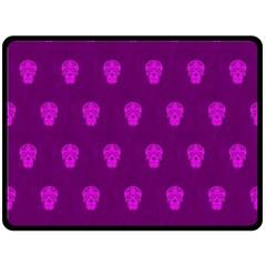 Skull Pattern Purple Fleece Blanket (Large)