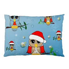 Funny, Cute Christmas Owls With Snowflakes Pillow Cases