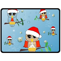 Funny, Cute Christmas Owls With Snowflakes Fleece Blanket (Large)