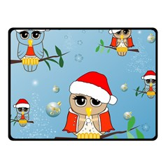 Funny, Cute Christmas Owls With Snowflakes Fleece Blanket (Small)