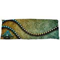 Elegant Vintage With Pearl Necklace Body Pillow Cases (Dakimakura)