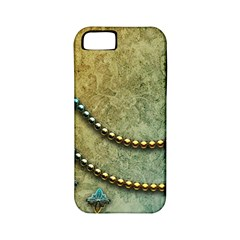 Elegant Vintage With Pearl Necklace Apple iPhone 5 Classic Hardshell Case (PC+Silicone)