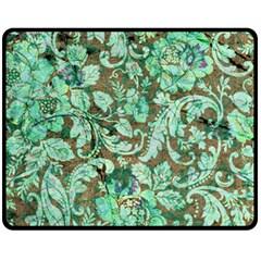 Beautiful Floral Pattern In Green Fleece Blanket (Medium)