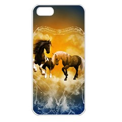 Wonderful Horses Apple iPhone 5 Seamless Case (White)