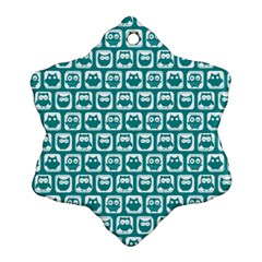 Teal And White Owl Pattern Ornament (Snowflake)