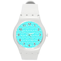 Aqua Turquoise And White Owl Pattern Round Plastic Sport Watch (M)