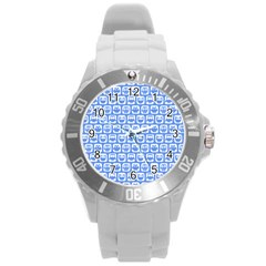 Blue And White Owl Pattern Round Plastic Sport Watch (L)