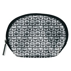 Gray And White Owl Pattern Accessory Pouches (Medium)