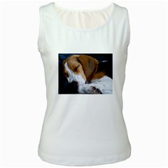 Beagle Sleeping Women s Tank Tops