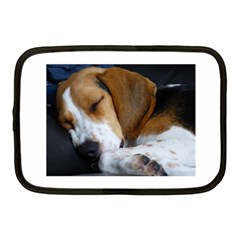 Beagle Sleeping Netbook Case (Medium)