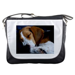 Beagle Sleeping Messenger Bags