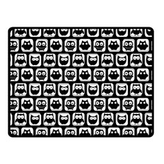 Black And White Owl Pattern Fleece Blanket (Small)