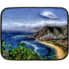 Tenerife 12 Effect Fleece Blanket (Mini)