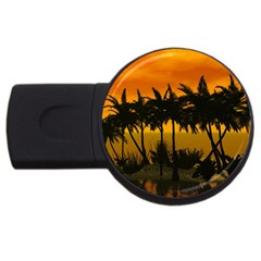 Sunset Over The Beach USB Flash Drive Round (4 GB)