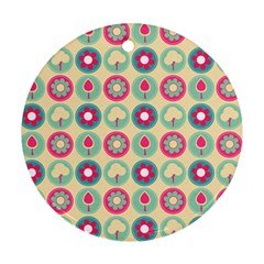 Chic Floral Pattern Ornament (Round)