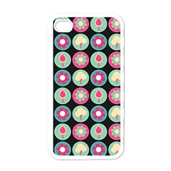 Chic Floral Pattern Apple iPhone 4 Case (White)