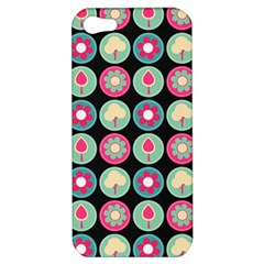 Chic Floral Pattern Apple iPhone 5 Hardshell Case