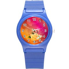 Beautiful Roses With Dragonflies Round Plastic Sport Watch (S)