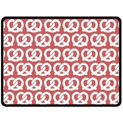 Trendy Pretzel Illustrations Pattern Double Sided Fleece Blanket (Large)