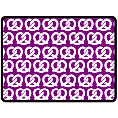 Purple Pretzel Illustrations Pattern Fleece Blanket (large)