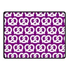 Purple Pretzel Illustrations Pattern Fleece Blanket (small)