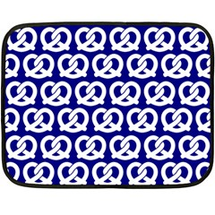 Navy Pretzel Illustrations Pattern Fleece Blanket (mini)