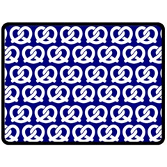 Navy Pretzel Illustrations Pattern Fleece Blanket (large)