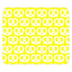 Yellow Pretzel Illustrations Pattern Double Sided Flano Blanket (Small)