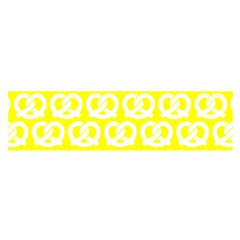 Yellow Pretzel Illustrations Pattern Satin Scarf (oblong)