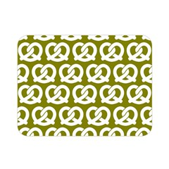 Olive Pretzel Illustrations Pattern Double Sided Flano Blanket (mini)