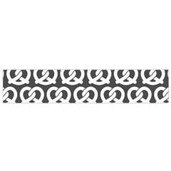 Gray Pretzel Illustrations Pattern Flano Scarf (Small)