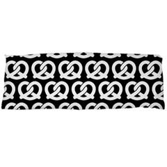 Black And White Pretzel Illustrations Pattern Body Pillow Cases Dakimakura (Two Sides)