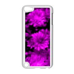 Phenomenal Blossoms Hot  Pink Apple iPod Touch 5 Case (White)