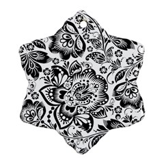 Black Floral Damasks Pattern Baroque Style Ornament (snowflake)