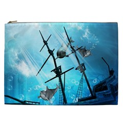 Underwater World With Shipwreck And Dolphin Cosmetic Bag (XXL)