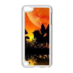 Beautiful Unicorn Silhouette In The Sunset Apple iPod Touch 5 Case (White)